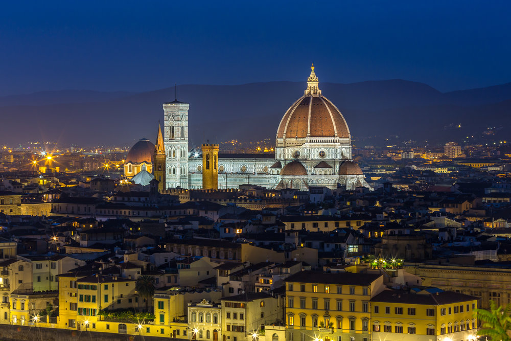 The final stop on our Italian vaca was Florence. Even before I start telling you, I'm sure you can guess which places we visited. Here is the Duomo, taken from the Piazza Michelangelo. The Piazza was bumpin', with everyone trying to score the perfect spot for pictures.