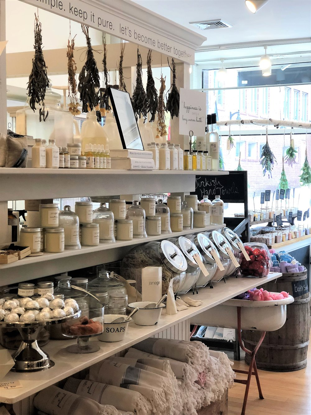 JaneGee  promotes clean living, carrying clean products ranging from skincare to hair care. They also had the cutest display of baby gifts! If you are into clean products, this would be the place to stop in.