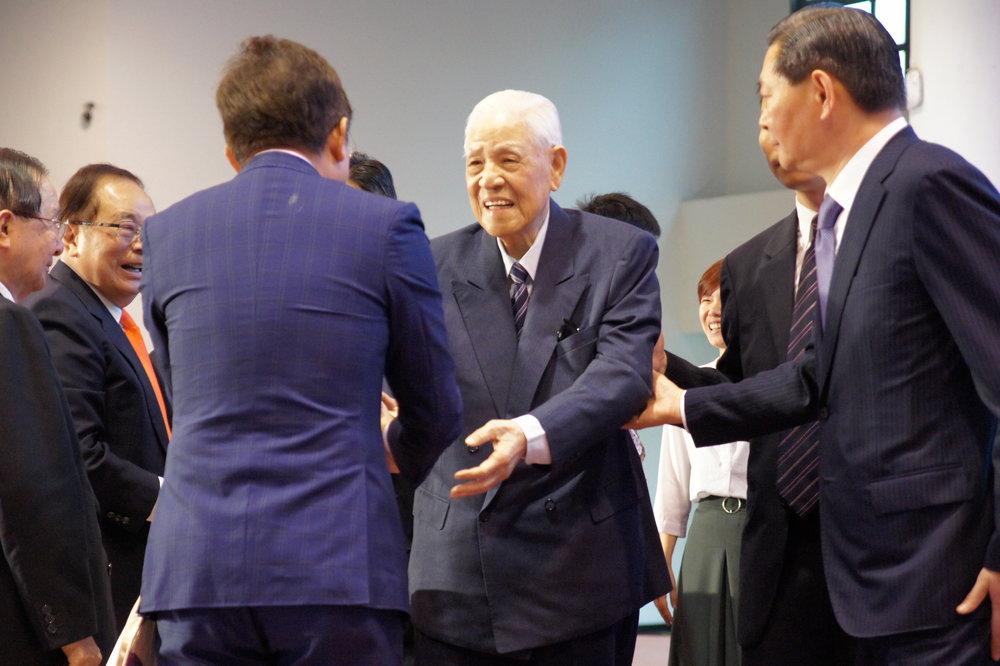 前總統李登輝出席力挺由多個政黨、政團與海外團體組成的「喜樂島聯盟」成立大會。圖片提供:基進黨