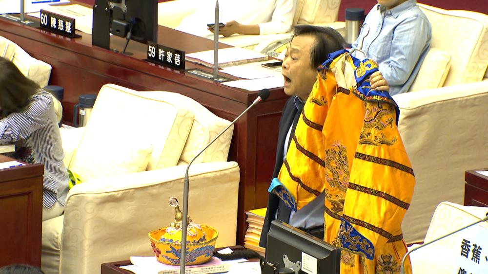 民進黨台北市議員王世堅多次在議會上砲打市長柯文哲。圖片提供:民視新聞
