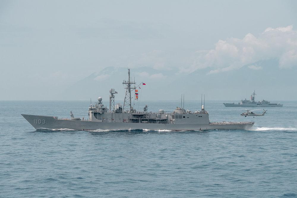 中國恫嚇在台海實彈訓練之際,總統蔡英文隨即登艦視察。圖片來源:中華民國總統府/Flickr