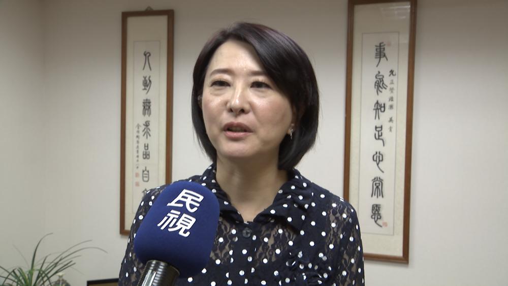 國民黨台北市議員王鴻薇踢爆市長柯文哲疑似選前政策買票。圖片提供:民視新聞