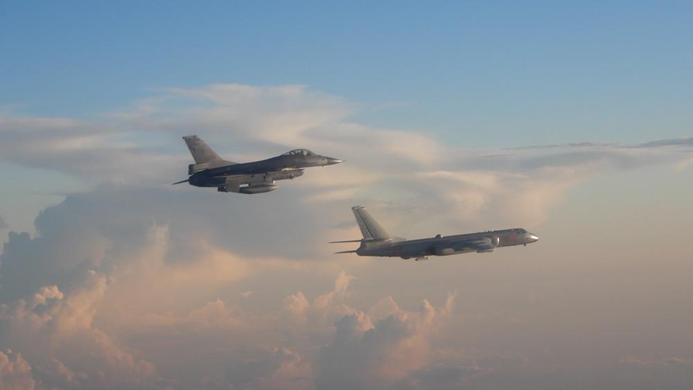 國軍鎖定解放軍戰機。圖片來源:中華民國國防部