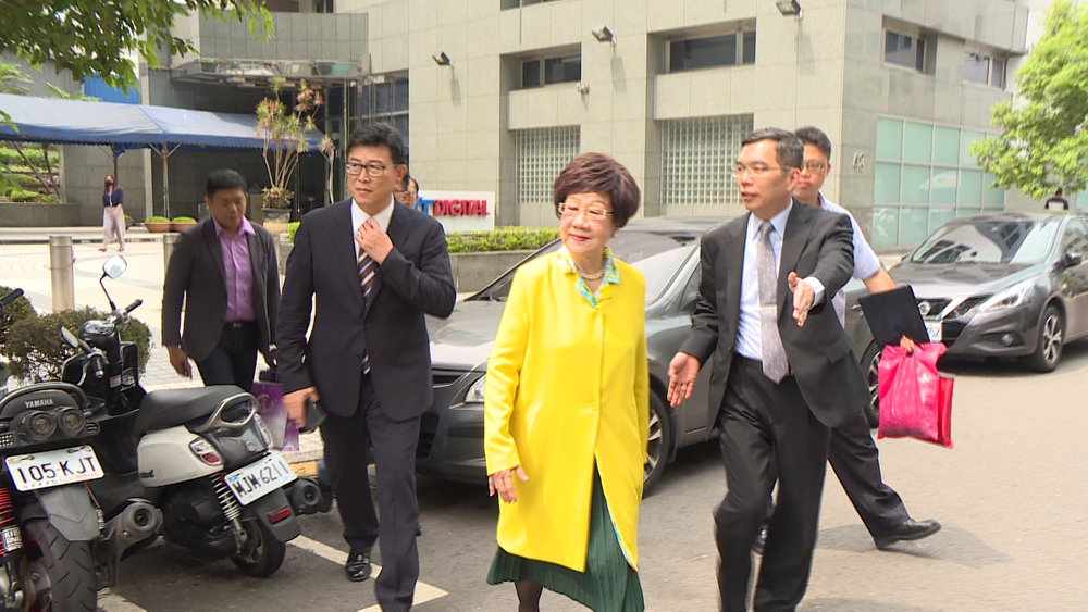 姚文智與呂秀蓮上週六(26日)赴參加壹電視政見發表會。圖片提供:民視新聞