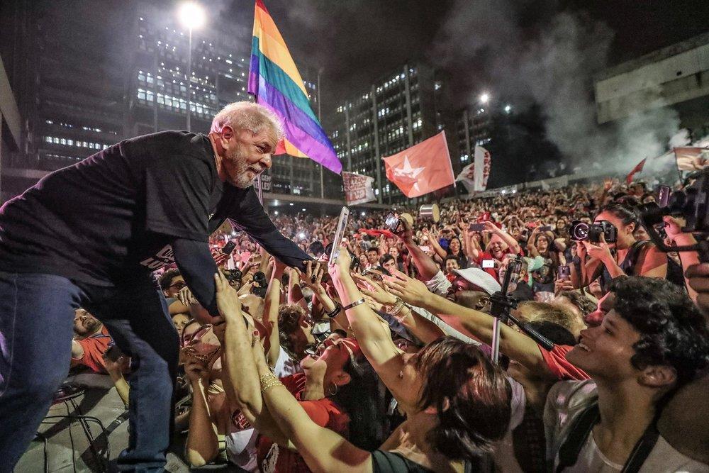 呼聲最高的左派前總統魯拉因貪腐洗錢,失去競選資格。圖片來源:Luiz Inacio Lula da Silva/Facebook