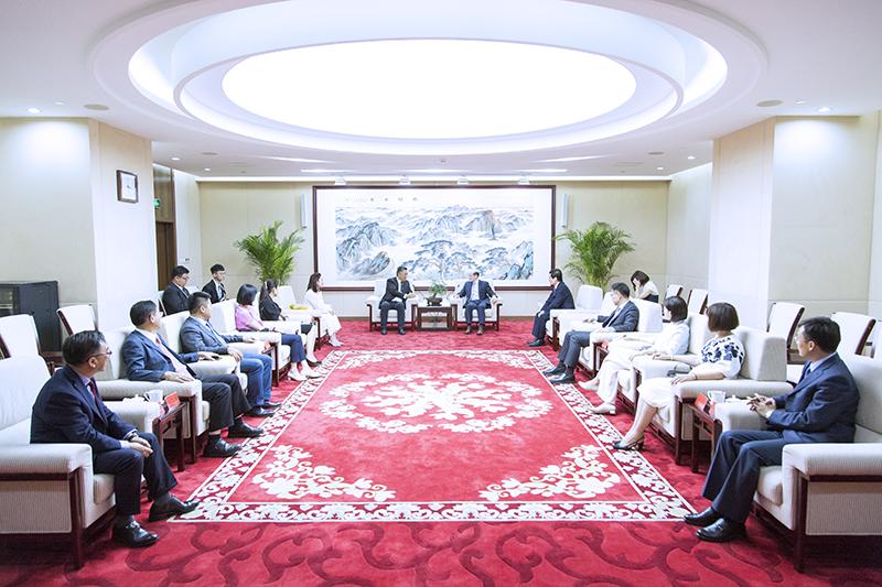 中國國台辦主任劉結一會見國民黨立委。圖片來源:中國國台辦