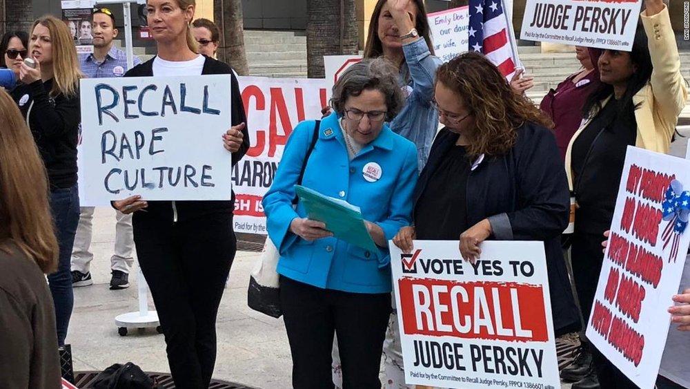 加州民眾發動罷免法官行動,同意罷免高達59%。圖片來源:CNN