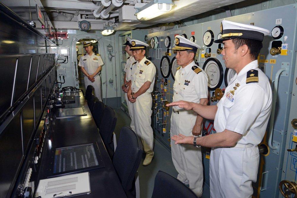 吳釗燮表示,台灣正加強與鄰近國家互動,對抗中國。圖片來源:日本防衛省海上自衛隊