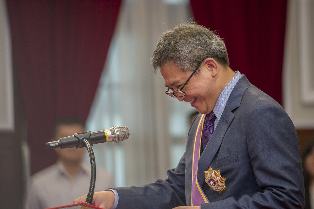 總統蔡英文頒授美國在台協會台北辦事處處長梅健華「大綬景星勳章」。圖片來源:中華民國總統府/Flickr
