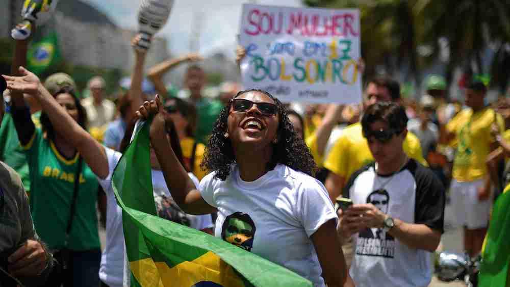 有「巴西川普」之稱的博爾索納羅,目前支持度遙遙領先其他總統候選人。