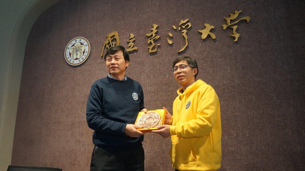 郭大維持續代理台大校長一職。圖片來源:國立台灣大學