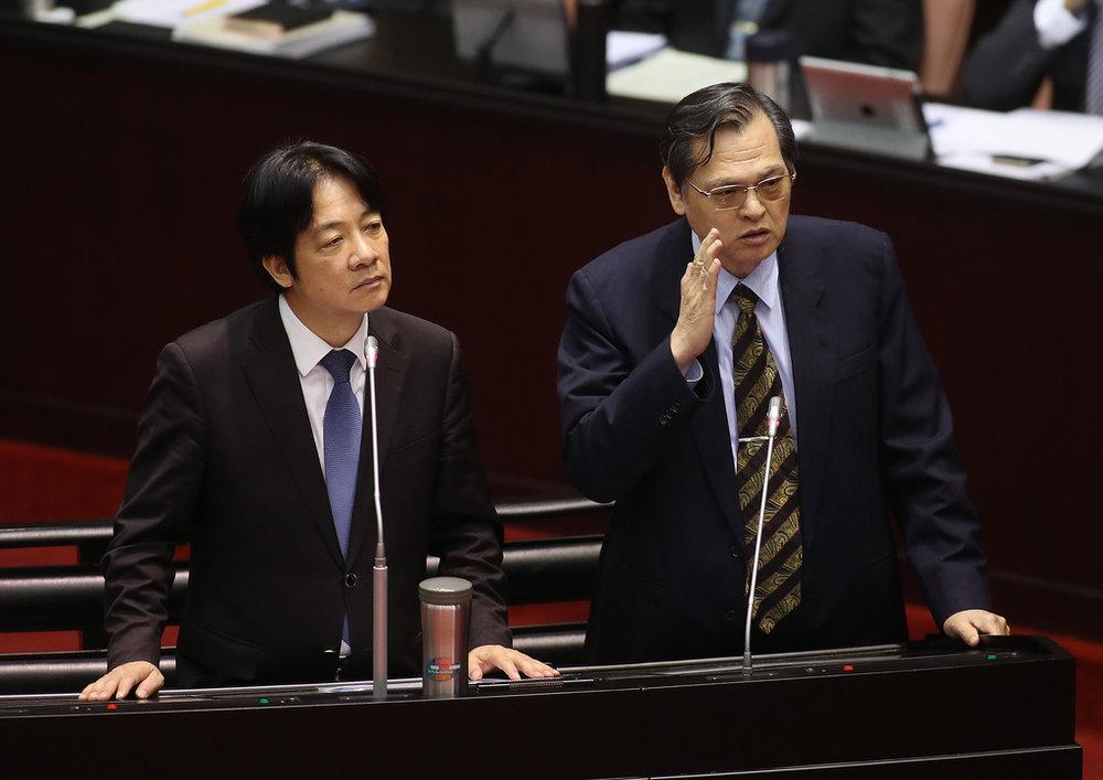 陸委會主委陳明通主張,「中華民國台灣是最大公約數」。圖片提供:中央通訊社
