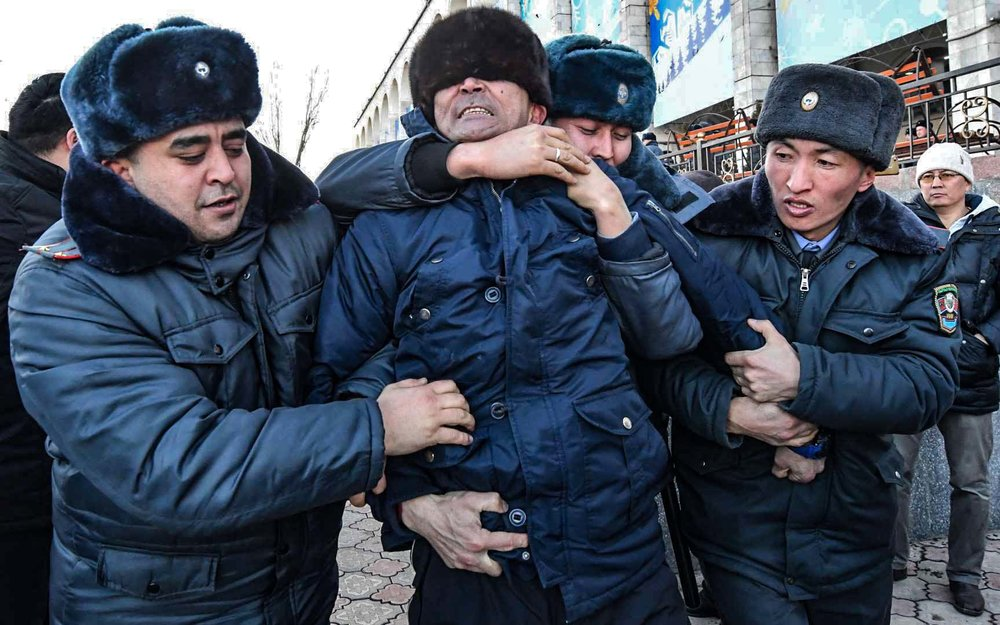 吉爾吉斯爆發排華浪潮。攝:Vyacheslav Oseledko/Getty Images