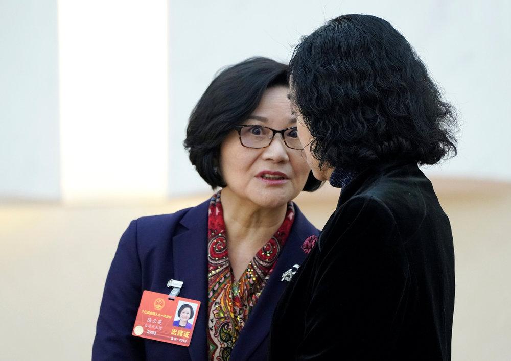 台灣潛逃中國的叛將林毅夫,妻子同時也是中國全國人大代表的陳雲英來台參訪各大學。圖片來源:Reuters