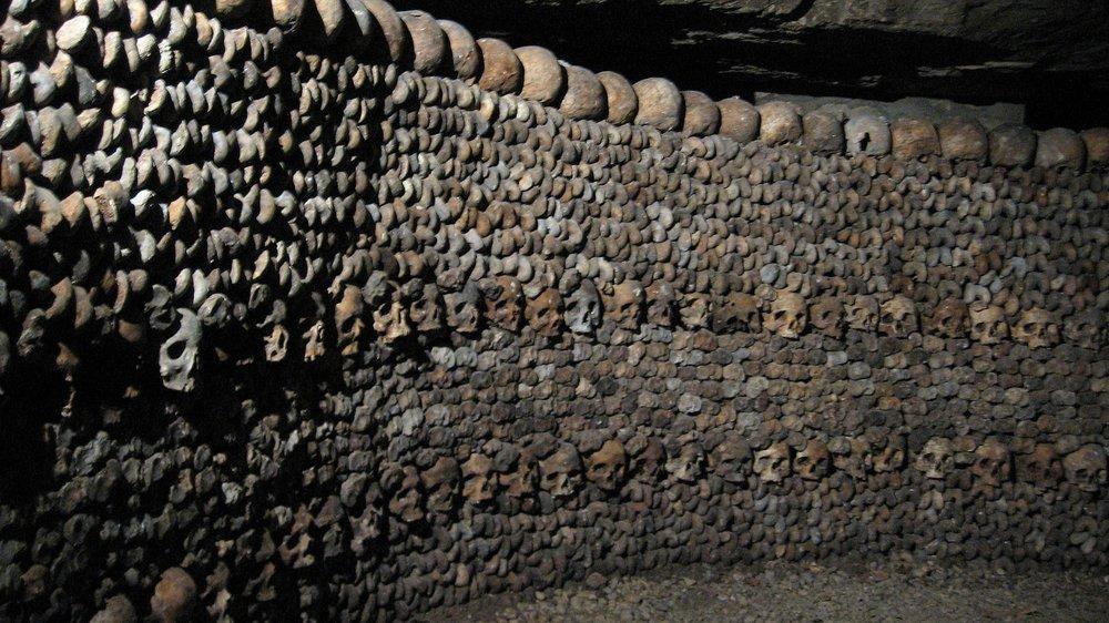 巴黎地下墓穴。圖片來源:維基共享資源
