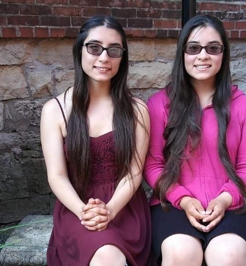 twins_in_stem_ladies_love_stem_feature