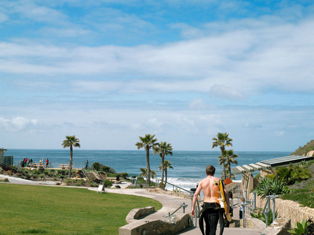 SOLANA BEACH - sunny, open and full of fun with trendy cedros design district and Belly up tavern.