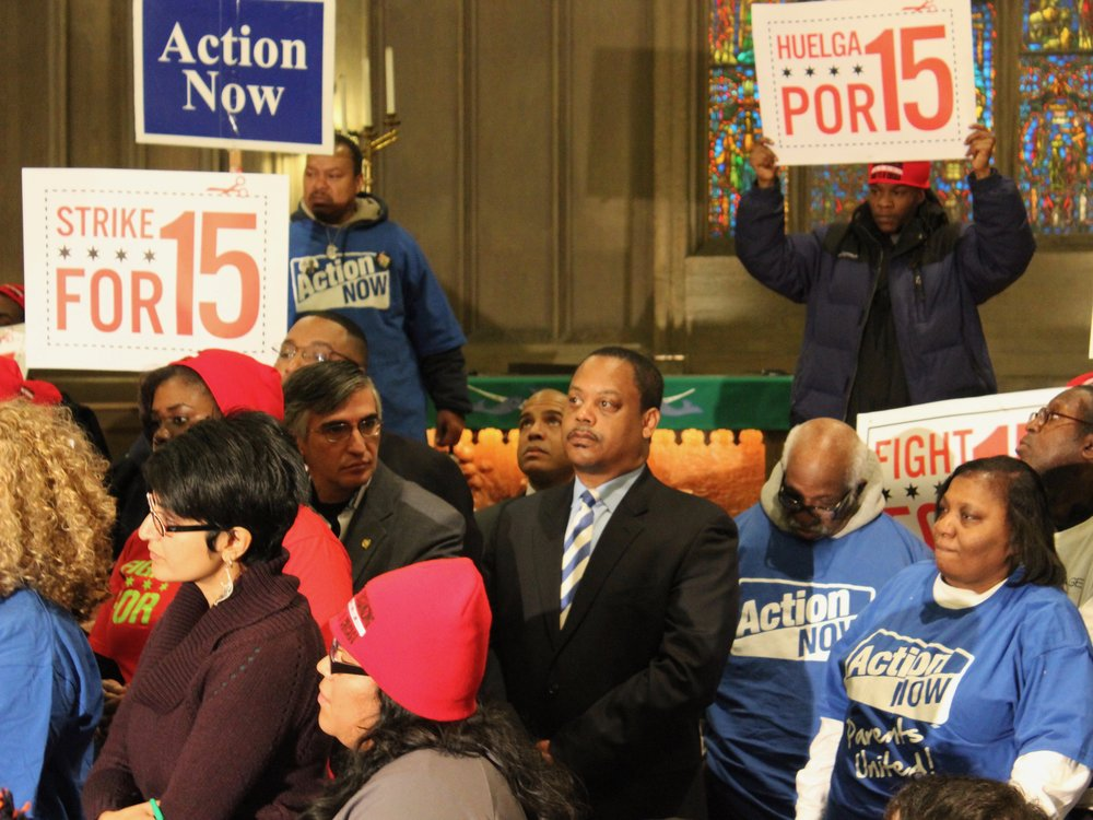 Chicago aldermen join activists calling for a $15 minimum wage in 2014. (One Illinois/Ted Cox)