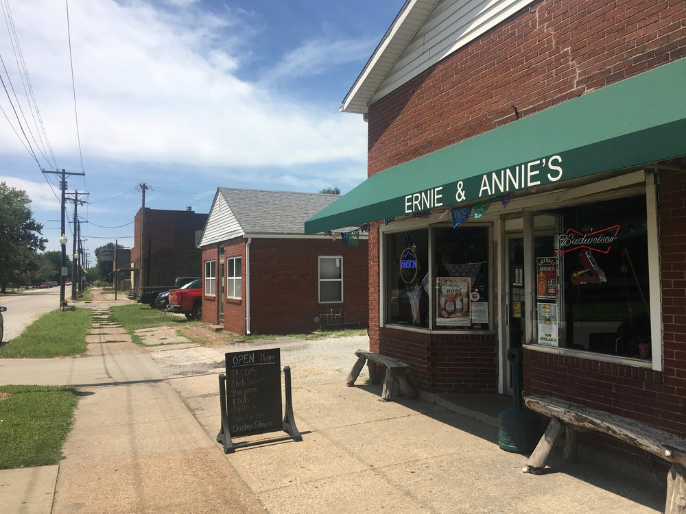 Ernie & Annie's is down the street from a couple of Granite City steel plants. (One Illinois/Zachary Sigelko)