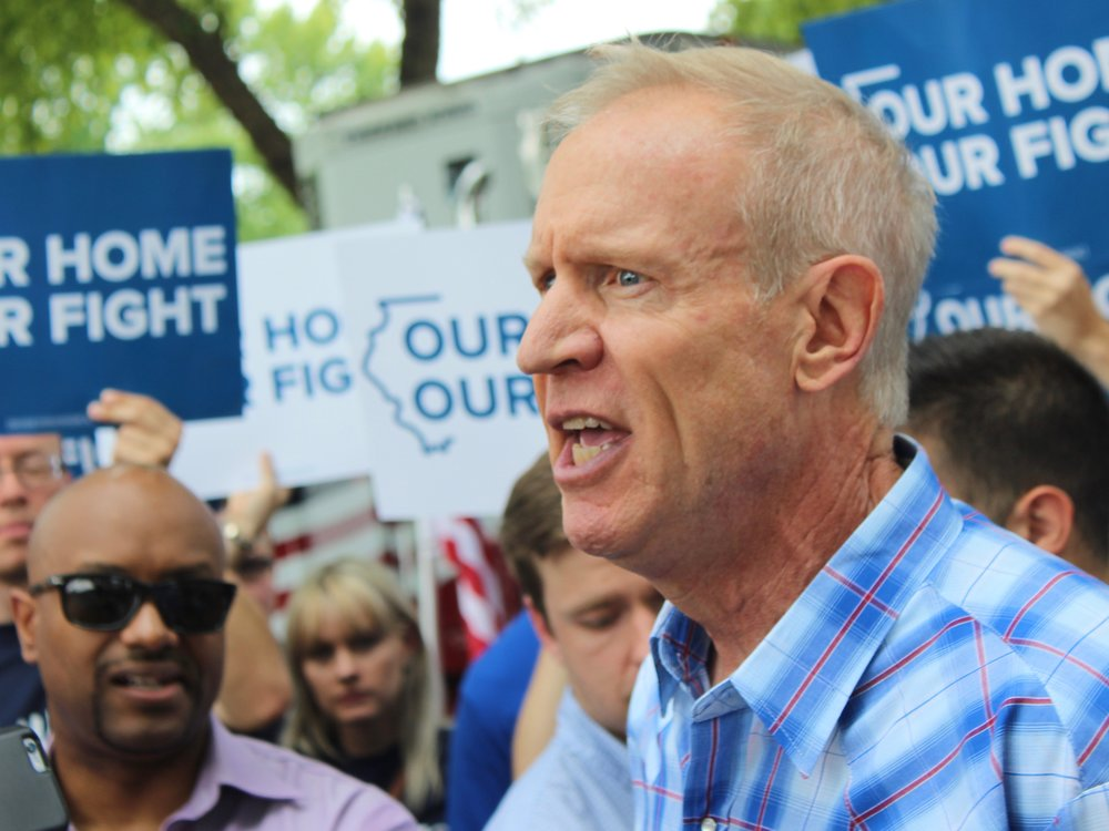 Gov. Rauner praised teachers even as he vetoed a bill to give them a $40,000 minimum salary. (One Illinois/Ted Cox)