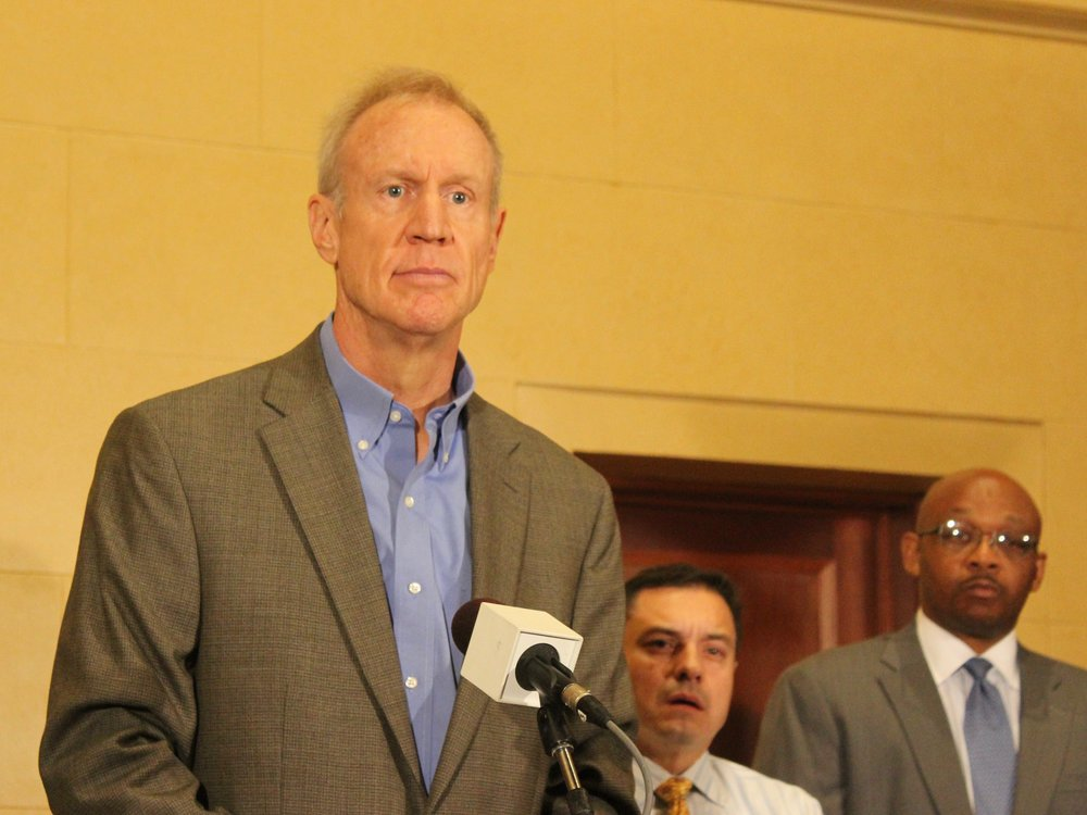 Gov. Rauner announces plans to spend part of a $108 million Volkswagen settlement on upgrading and replacing diesel engines in mass transit. (One Illinois/Ted Cox)