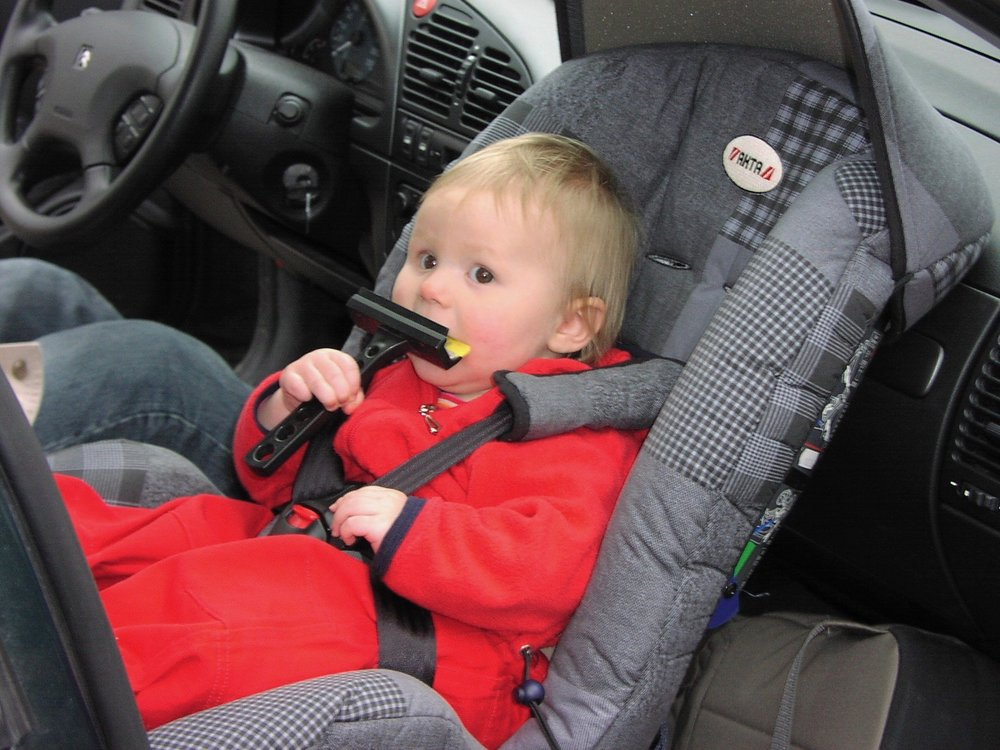 A new state law calls for children to be in rear-facing car seats until the age of 2. Also, don't place them in passenger seats equipped with airbags. (Wikimedia Commons/Pieter Kuiper)