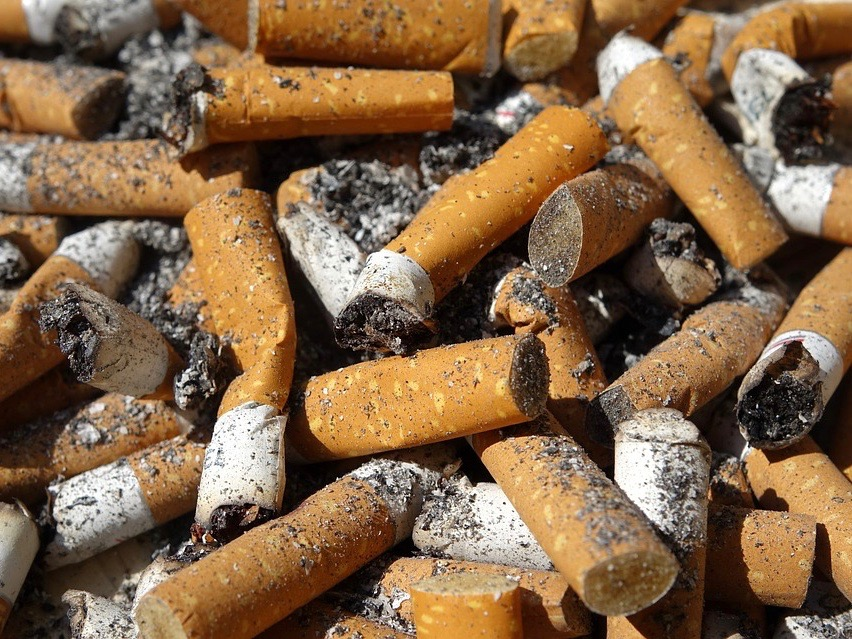 An annual American Lung Association report gave Illinois failing grades almost across the board on state efforts to curtail smoking. (Max Pixel)
