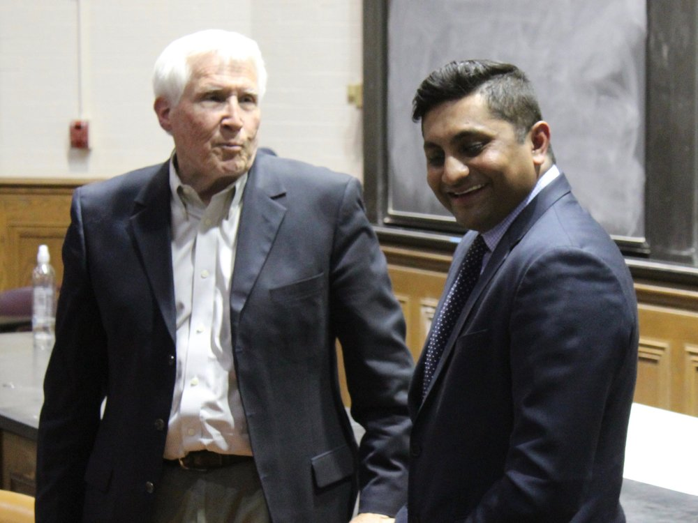 University of Chicago economist Allen Sanderson and Chicago Alderman Ameya Pawar examined Universal Basic Income and the Earned Income Tax Credit in a debate last year. (One Illinois/Ted Cox)