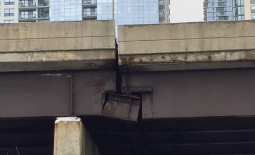 A looming near-disaster on Chicago's Lake Shore Drive illustrates the pressing need for statewide investment in infrastructure, according to Mayor Emanuel. (Twitter/The Daily Line)