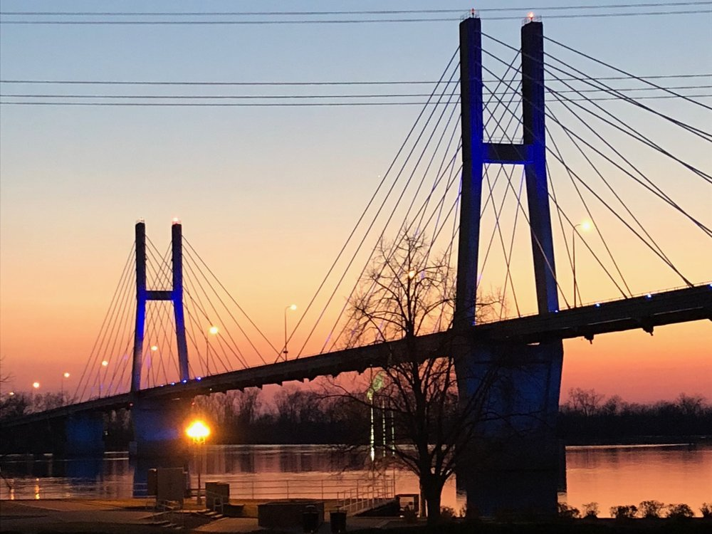 Quincy's Bayview Bridge is an enduring IDOT project dating from the 1980s. (One Illinois/Ted Cox)