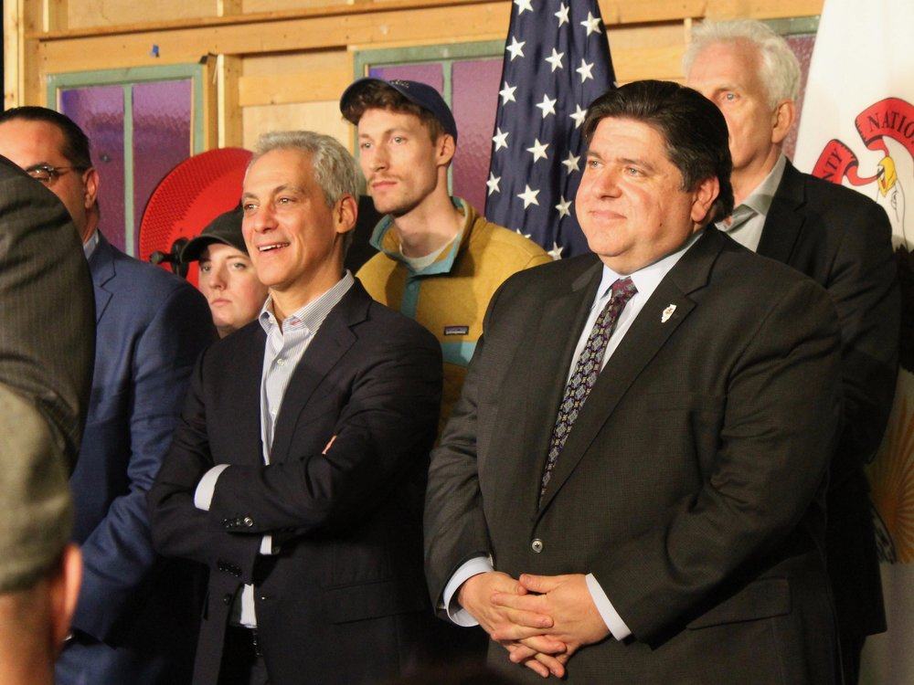 Chicago Mayor Rahm Emanuel applauded Gov. Pritzker for signing a bill into law bringing the state smoking age in line with the city's at 21. (One Illinois/Ted Cox)
