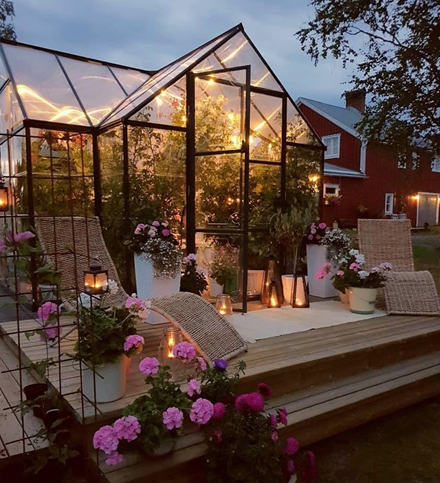 Tonight I thought I would share my friend Helena from @mylittleredhouse gorgeous green house💚. I've always dreamed of having a greenhouse/sunroom and one day I'm sure I will. In the mean time I'll happily imagine having something as special as this😍. Definitely check out Helena's page as her home is just as gorgeous🙌💕. . . . #greenhouse #greenhouselife #sunroom #sunroomdecor #outdoordecor #homeinspo #homedecor #outdoorinspo #interiordesign #houseandgarden #countryliving #countrystyle #greenthumb #flowersofinstagram #instahome #instadecor