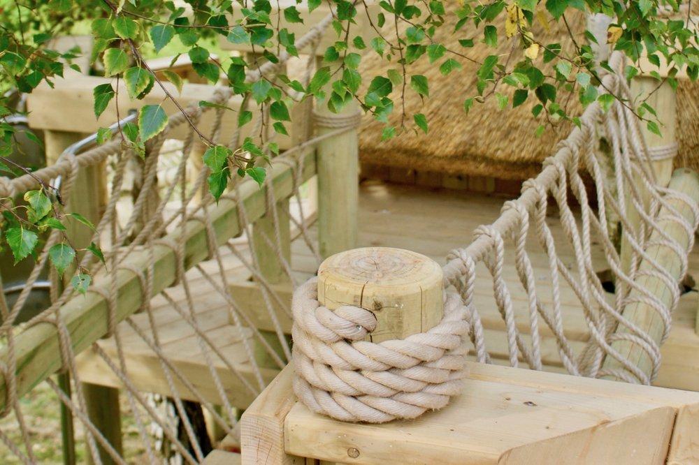 Balustrade rope work finishing