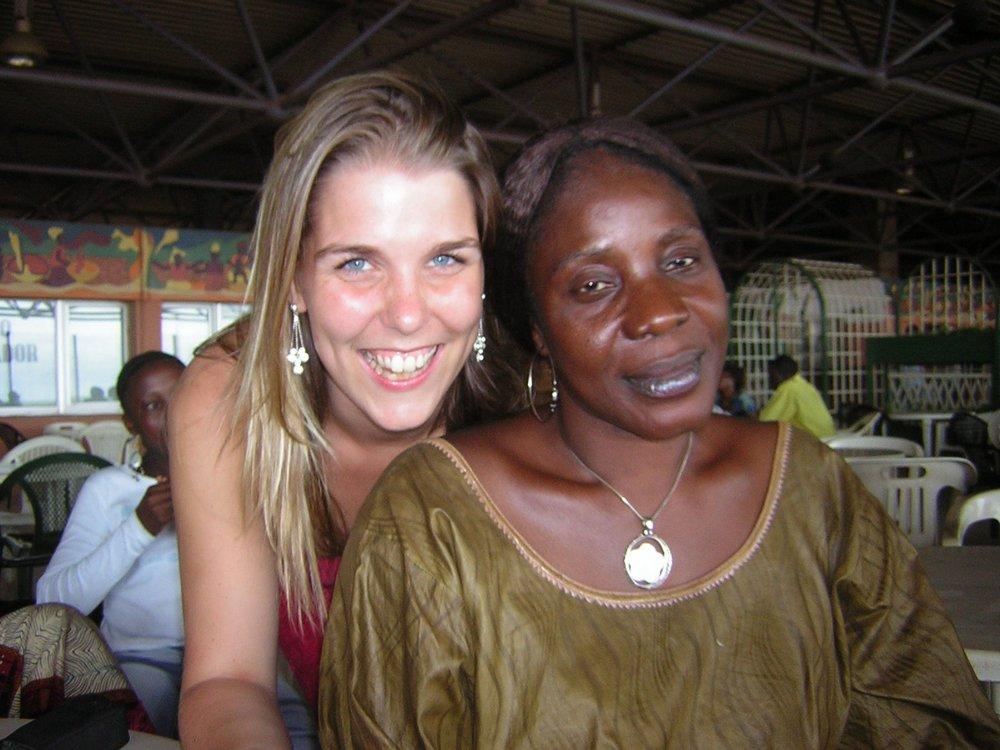 Ons Team - Achter Aniké zit een heel netwerk van mensen, zowel in België als in Guinee. We stellen ons graag even voor.