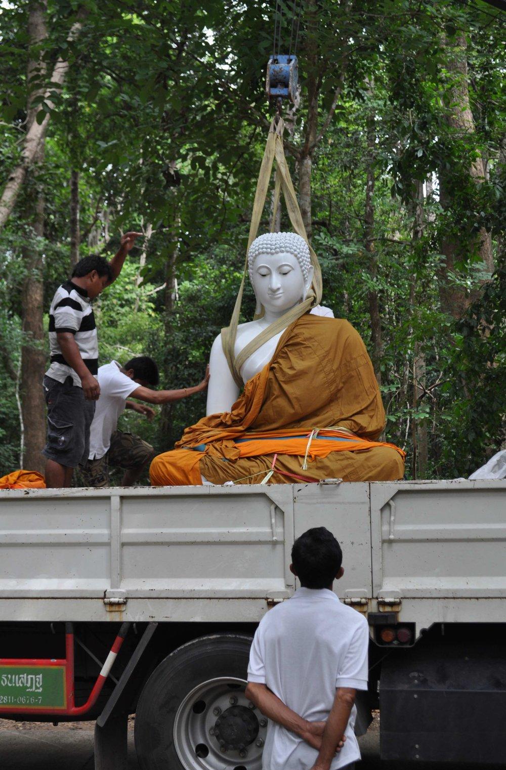 WPN Phra Buddhakaruna (7).jpg