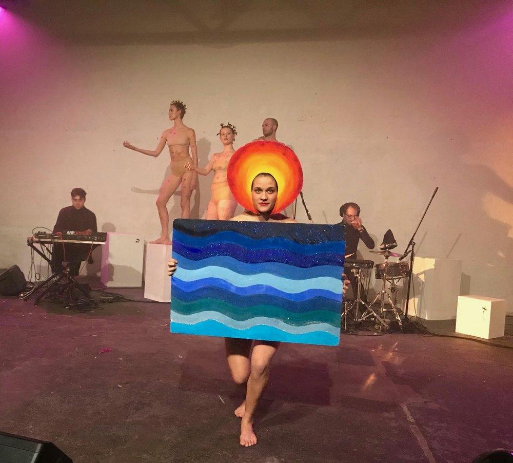 Eleni+Papaioannou+Elenipapaioannou+dance+tanz+dancer+london+sunset+art+experimental+Tänzerin+tanzhaus+Zurich.jpeg