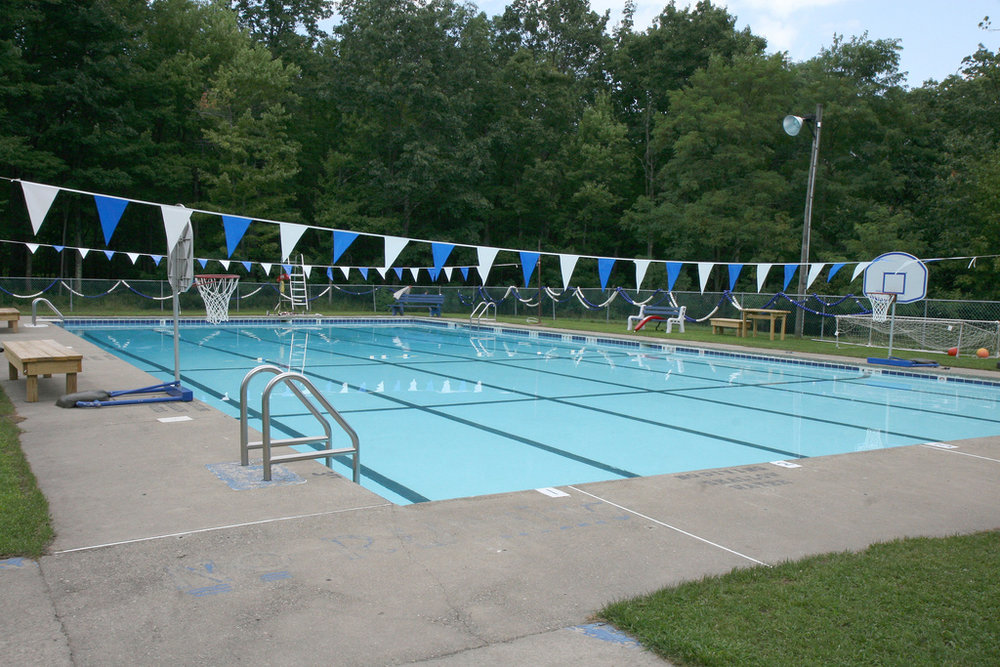 Our heated swimming pool is a camp favorite. There's nothing like a poolside dance party!