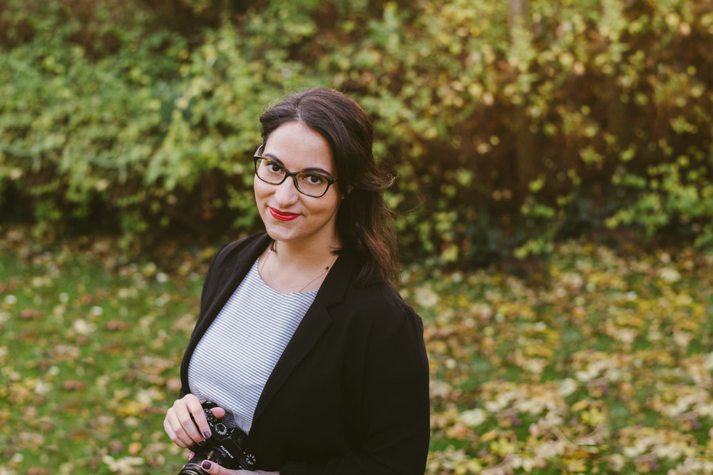 HELLO, I'M MICAELA! - A documentary, wedding & lifestyle photographer living in South London always looking for sincere and authentic stories to tell.I buy too many plants, squeal when I see dachshunds and have never met a cheese I didn't like. I'm not into trends, poses or props. Let's photograph you just as you are.