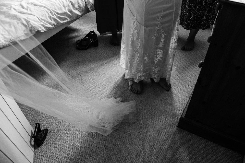 1_Lisa & Christy Malmesbury Wiltshire Documentary Wedding Photographer-112.jpg