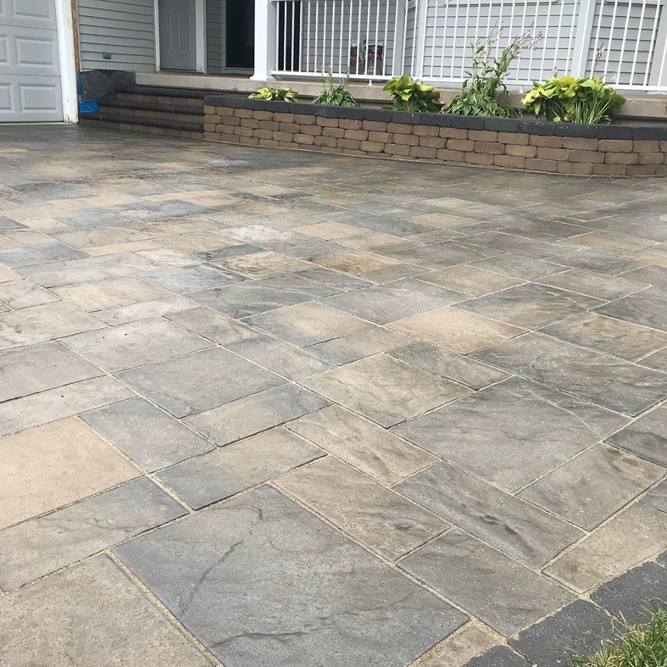Project Completed 2018 - 2200 square foot driveway in Sault Ste Marie