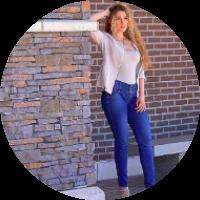 JANET HARRIS  Fitness Trainer & Model  177k Instagram
