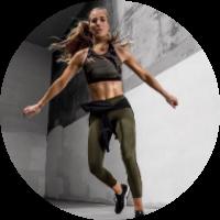 DANIELLE PASCENTE  Fitness Trainer & Model  30k Instagram