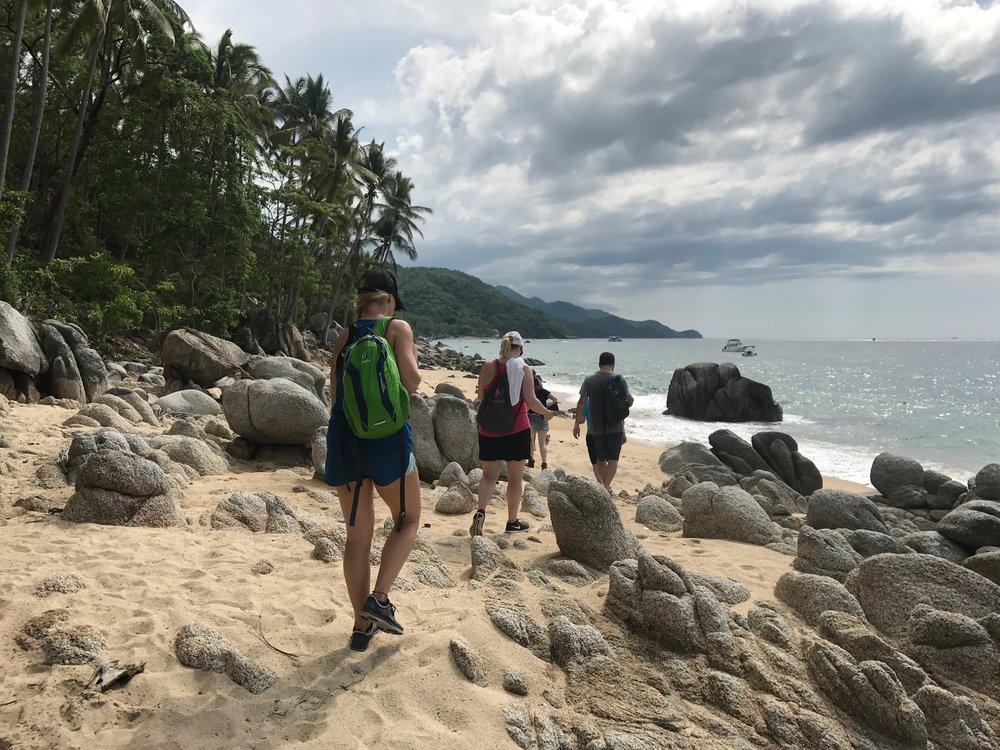 Hiking Maraikas.JPG