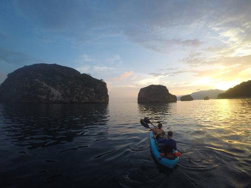 Kayak sunrise.jpeg