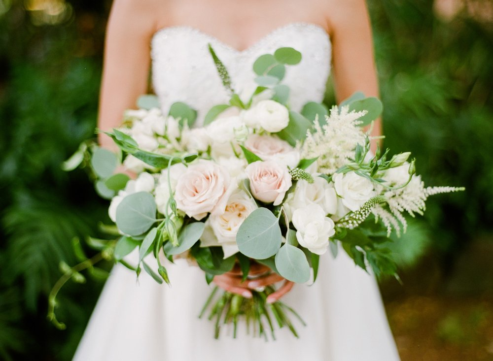 hawaii-rose-bridal-bouquet.jpeg