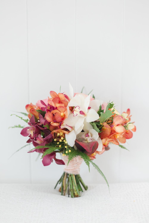 Tropical Inspired Bouquet Hawaii Elopement 2.jpg