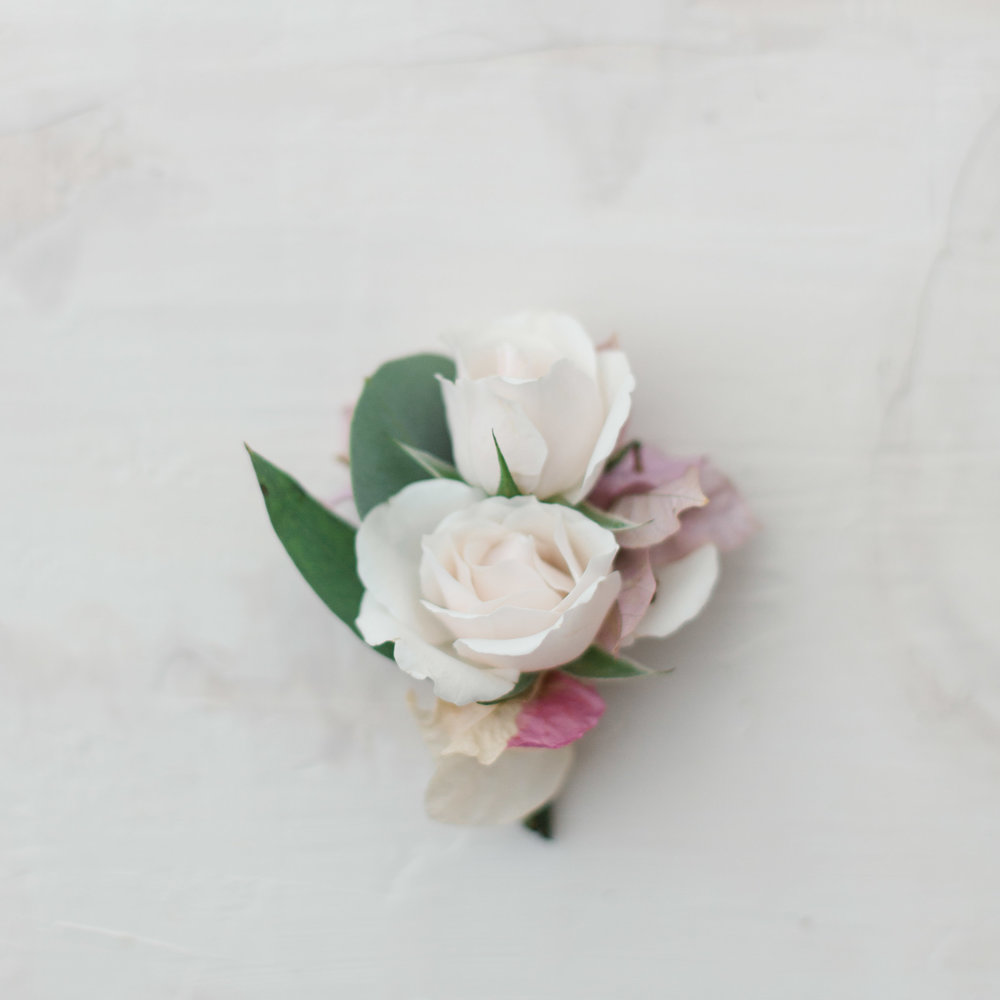 boutonniere rose pink .jpg