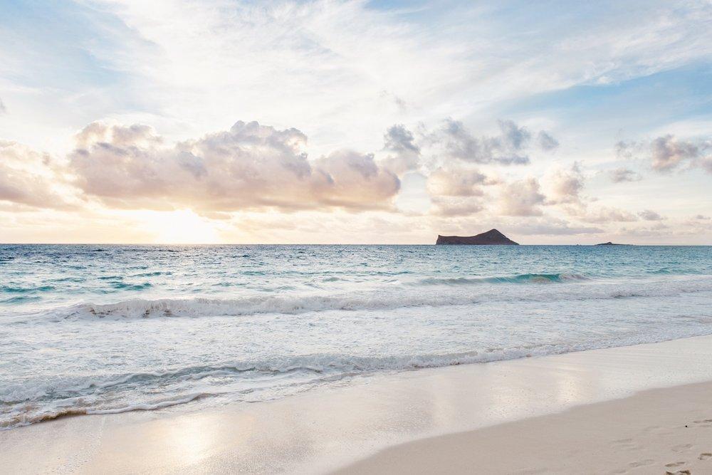 elope in hawaii beach