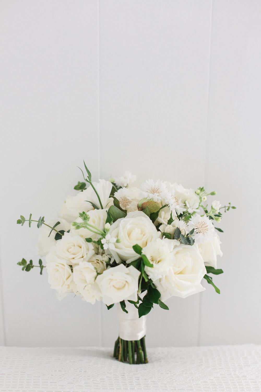 white rose bouquet.jpg