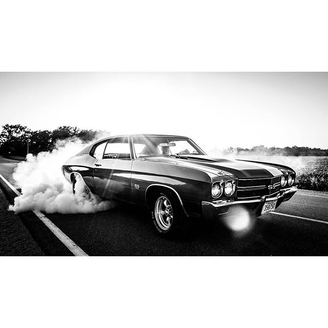 A few weeks back watching my brother burn the rubber off of dad's Chevelle SS, just wish pops was still around to enjoy that moment with us. #summer18 #chevelle #gonebutneverforgotten #dadscar #goodtimes #heartland #chevrolet